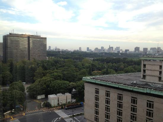 Imperial Hotel Tokyo: Good view of city and Imperial Palace area