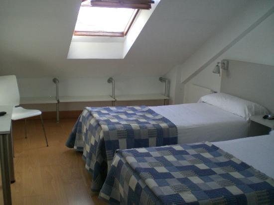 Hotel Jauregui : Chambre double en duplex