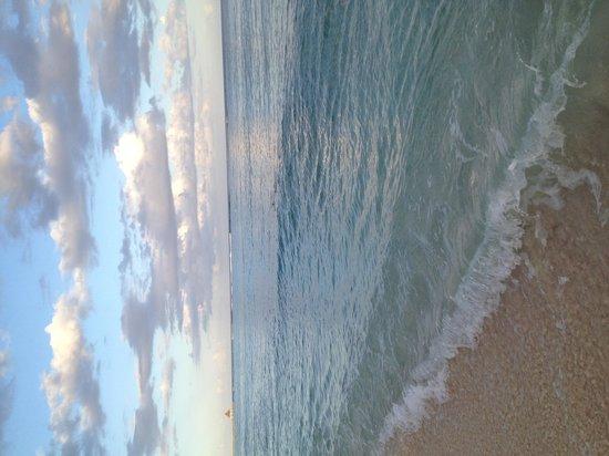Villas DeRosa Beach Resort: Beachfront