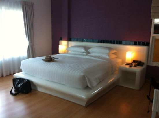 The Chalet Phuket Resort : ocean view room