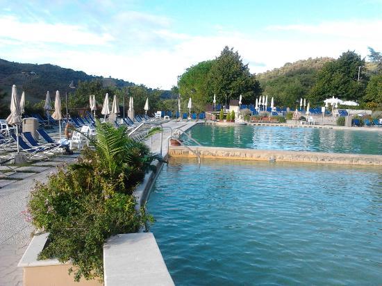 Piscina termale picture of albergo posta marcucci bagno - Bagno vignoni hotel posta marcucci ...