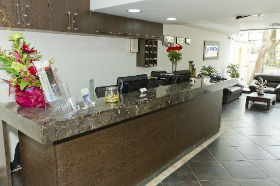Hotel Natura Express: Hotel Reception