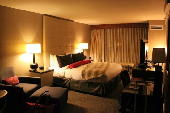 Kimpton Hotel Palomar Washington DC: The bedroom