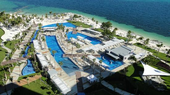 Piscinas Picture Of Hotel Riu Palace Peninsula Cancun Tripadvisor