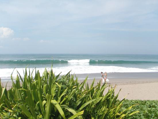 The Samaya Bali Seminyak: Surf's Up