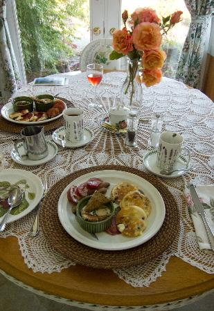 The Dungeness Barn House Bed and Breakfast: One of Berta's breakfast creations