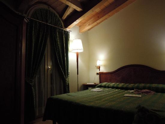 Hotel Galeazzi: a flavour of the room
