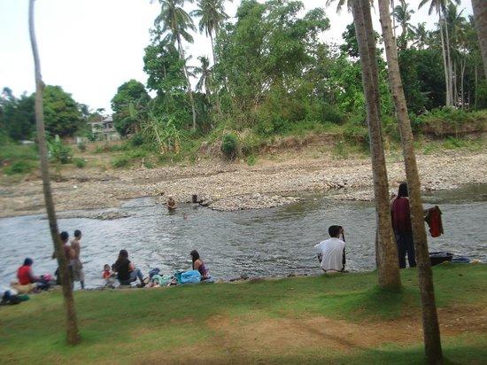 Daminar Riverside Garden