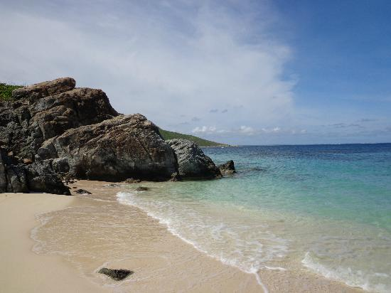 "Pinel Island: Secluded beach on ""other side """