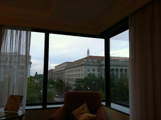 JW Marriott Washington, DC: Washington Monument view from room