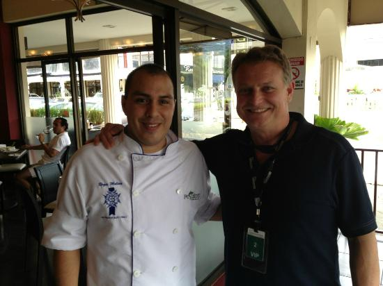 Escazu, Kosta Rika: Chef Regis Molina & the author