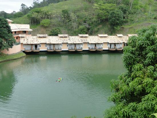 Fazenda Ribeirao Hotel De Lazer: O Lago