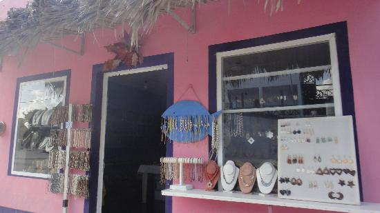 Villas Paraiso del Mar: shop in the town