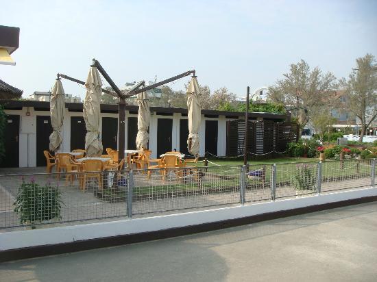 Bagno cervia hotel ape d oro pinarella italy reviews s price