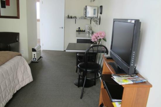 Waihi Motel: Well appointed room