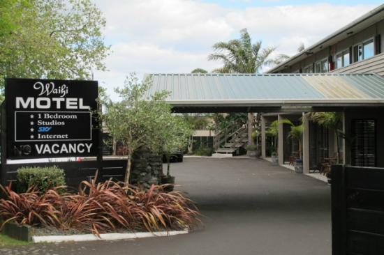 Waihi Motel: Outside view