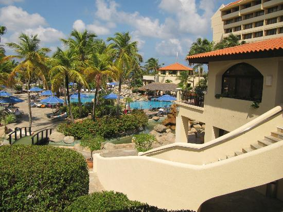 Barcelo Aruba: Looking out from hallway
