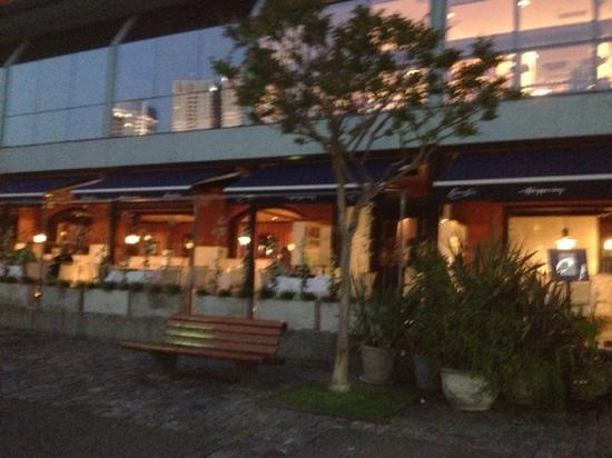 Happening: faixada do restaurante