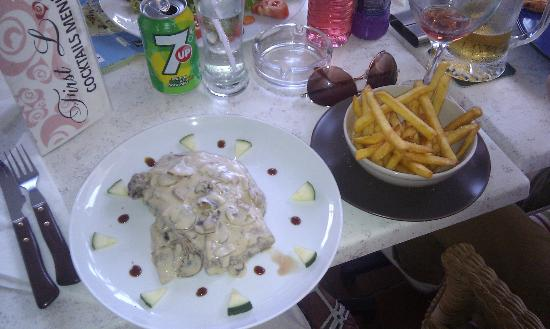 First Love: Sirloin steak with mushroom sauce( just the right portion)