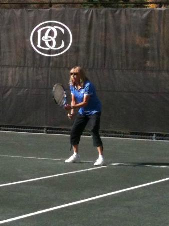 Beaver Creek Tennis Center : Tennis pro shop attendant, Katie, enjoying some time on the court.