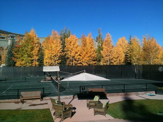 Beaver Creek Tennis Center: Golden aspens on a bluebird autumn day