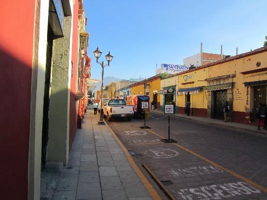 Hotel Aurora: Street view