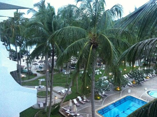 Le Meridien Phuket Beach Resort: A glimpse of the beach from the balcony