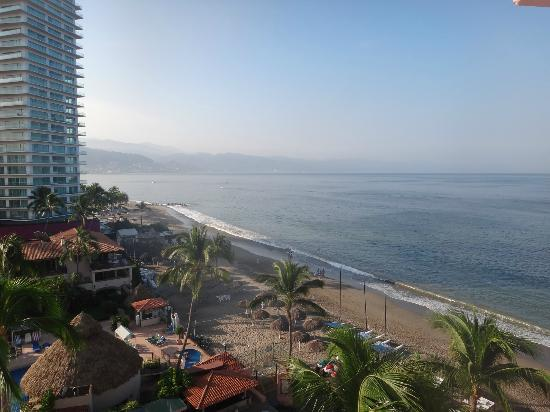 Crown Paradise Golden Resort Puerto Vallarta: Georgeous view from room!