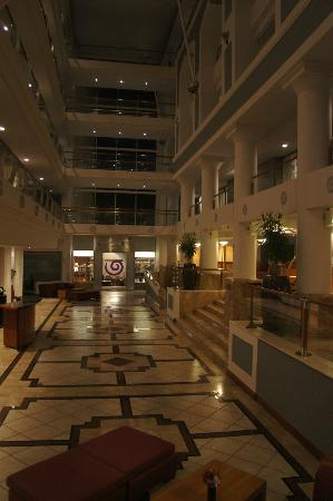 Radisson Blu Hotel Waterfront, Cape Town: Lobby