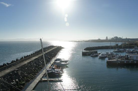 Radisson Blu Hotel Waterfront, Cape Town: Sunrise from room