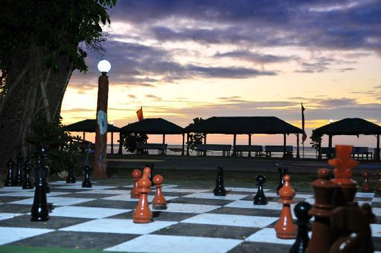 Matabungkay Beach Resort And Hotel Huts
