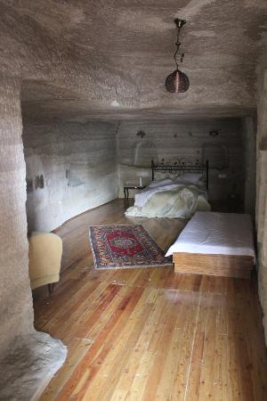 Emily's Cave House: other room