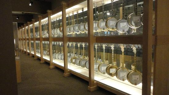 American Banjo Museum : Banjo Museum Collection