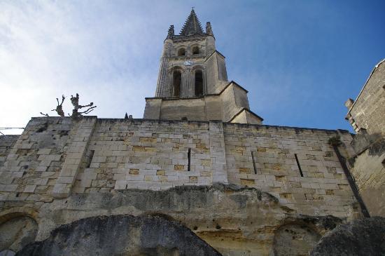 Office de Tourisme de Bordeaux : st emilion village