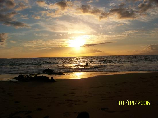 Aston Maui Hill: The Maui Sunset