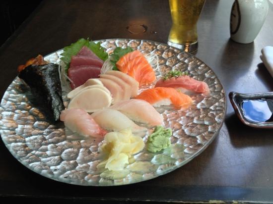 Sushi Damo Damo: umakase