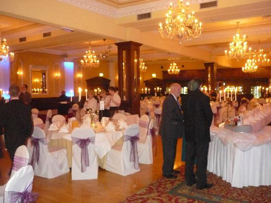 Seven Oaks Hotel: Wedding
