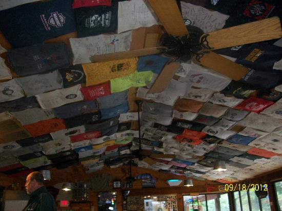 Deal's Gap Motorcycle Resort: Ceiling of the Resturant