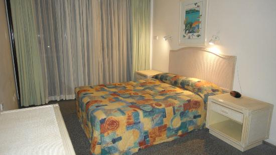 Cairns Plaza Hotel : Bedroom