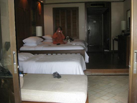 Katathani Phuket Beach Resort: Jnr Suite
