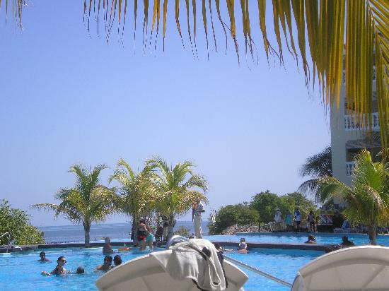 Iberostar Rose Hall Beach Hotel: Pool
