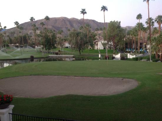 Omni Rancho Las Palmas Resort & Spa: Looking across 5th green at resort