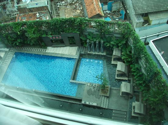 Aston Primera Pasteur Hotel & Conference Center: Pool view