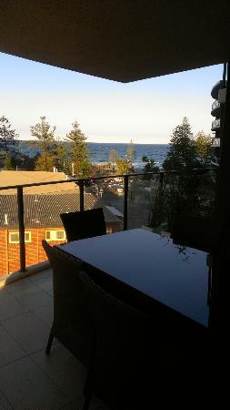 Ambience On Burleigh Beach: Balcony, 5th floor, rear tower