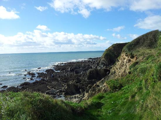 Thurlestone Hotel: View from Thurlestone Beach Trail