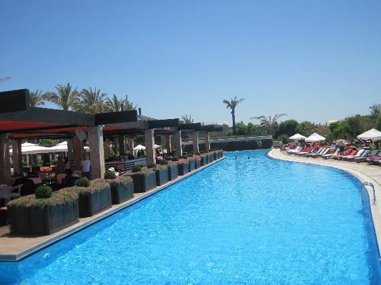 Rixos Premium Belek: Pool/Beach area