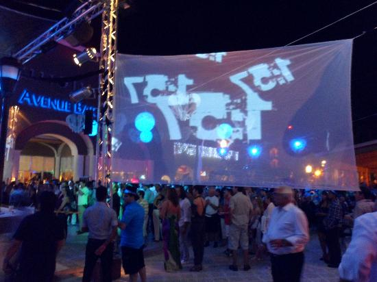 Sandos Playacar Beach Resort: new years eve