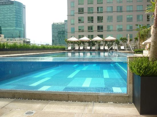 InterContinental Saigon Hotel: Pool Area