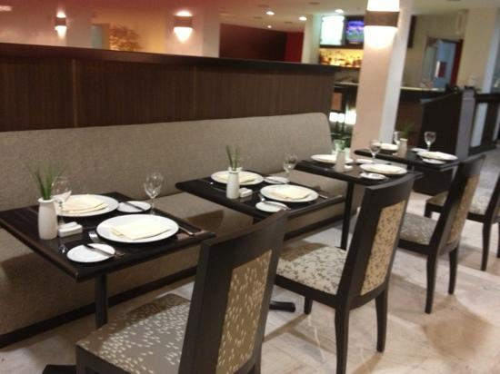 Hilton Garden Inn Tuxtla Gutierrez: comedor 2