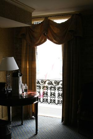 Place d'Armes Hotel: Balcony
